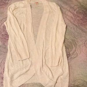 Mossimo supply co cream light weight sweater
